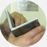 Комбинированные пресс-ножницы. Образец рубки уголка 80 x 80 x 8мм.